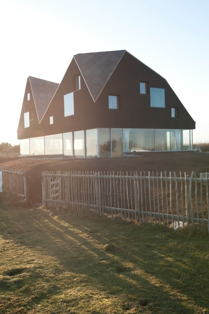 IK TheDuneHouse 0102 Dune House by JVA in THISISPAPER MAGAZINE